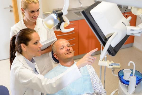 срок адаптации к зубным протезам