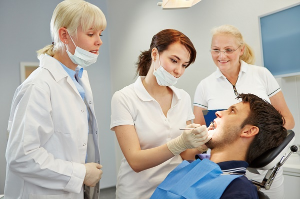 болит, пульсирует зуб с мышьяком и временной пломбой