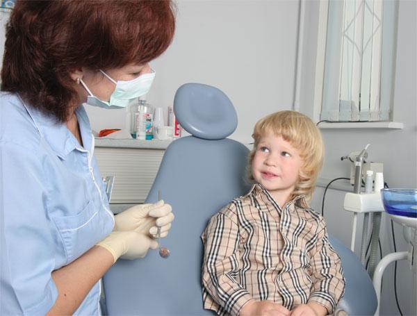 требуется ли санация полости рта у детей и сколько стоит эта процедура