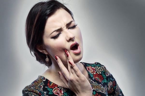 из-за чего болит зуб, сколько дней можно держать мышьяк