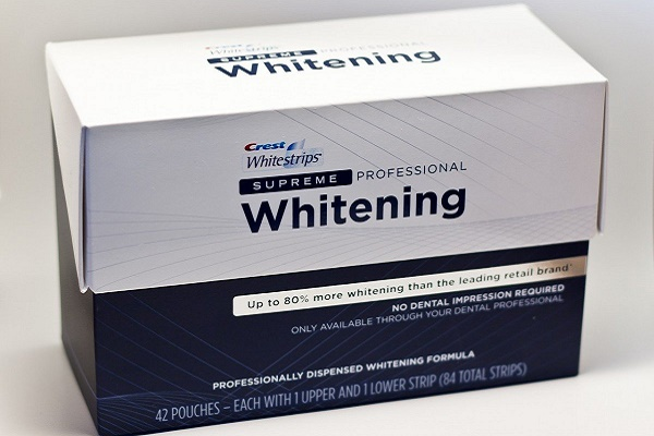 фото отбеливающих полосок 3D White Supreme Professional