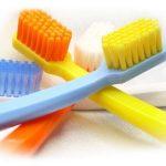 особенности использования швейцарских зубных щеток Curaprox