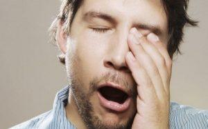 почему начала щелкать челюсть при зевании