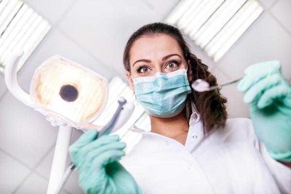Имплантация зубной эмали