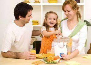 как правильно укрепить иммунитет взрослому и ребенку