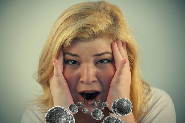 бактерии во рту - причина неприятного запаха