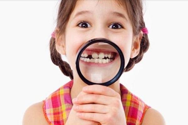 нужно следить за молочными зубами у ребенка