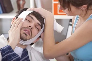 почему зуб начинает болеть ночью