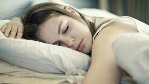 почему зубы болят именно ночью, а днем нет