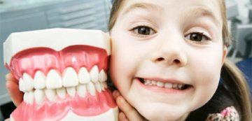 ситуации, когда протезирование молочных зубов необходимо