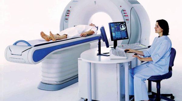 Можно ли делать МРТ головы  с брекетами