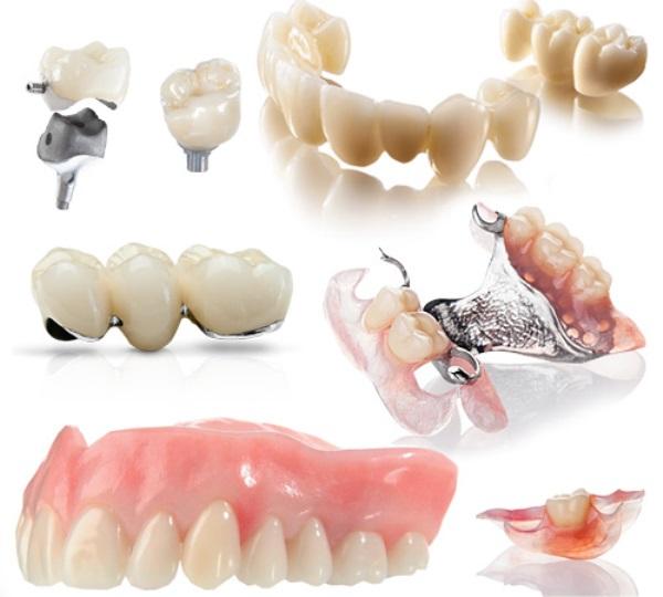 Недорогие съемные зубные протезы
